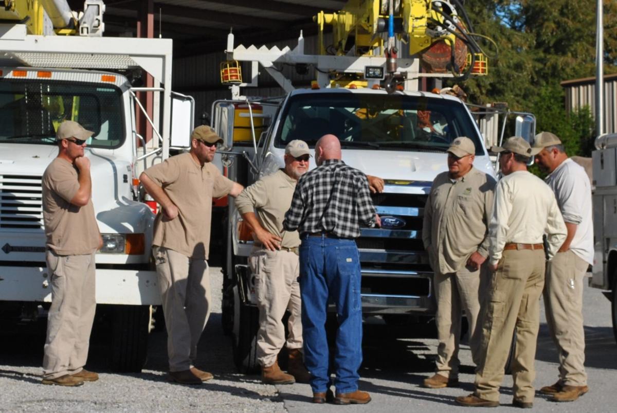 3 Utility Crews Dispatched to South Alabama, Florida